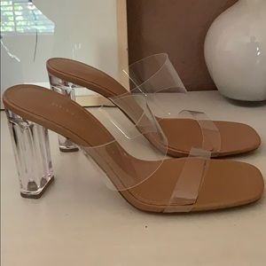 Clear heel shoes